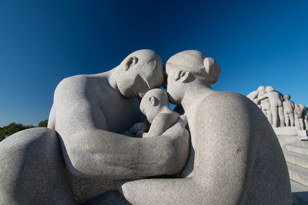 Gustav Vigeland in Vigeland park features more than 200 sculpture © Nanisimova / Shutterstock