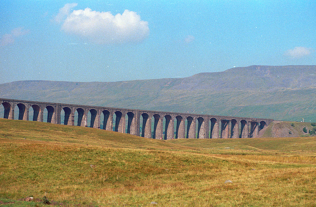 The Ribblehead Viaduct |© Clive A Brown/Flickr