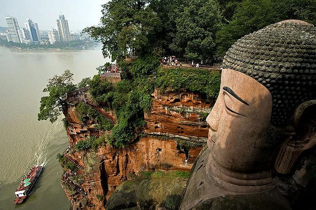 Leshan Buddha I © Szymon Kochański/Flickr