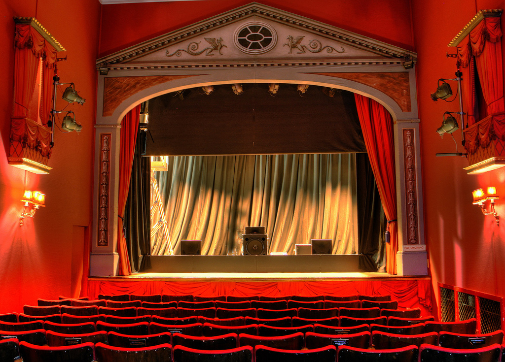 Theater | © Alan Cleaver/Flickr