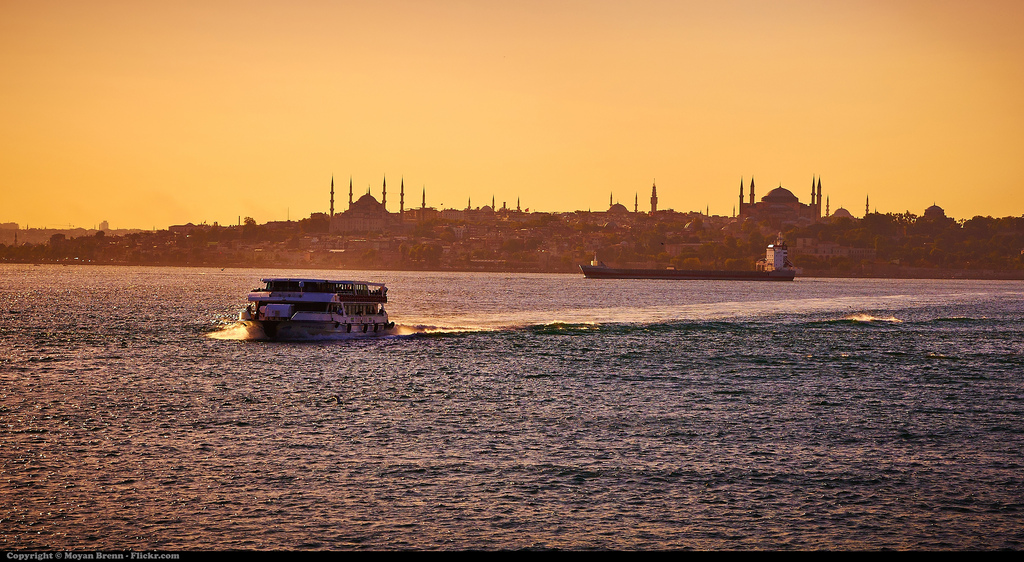 Views of Istanbul | © MoyanBrenn/Flickr