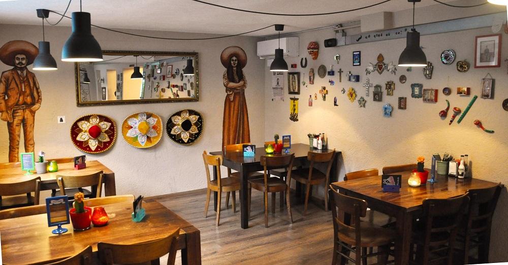Interior | Courtesy of La Taqueria