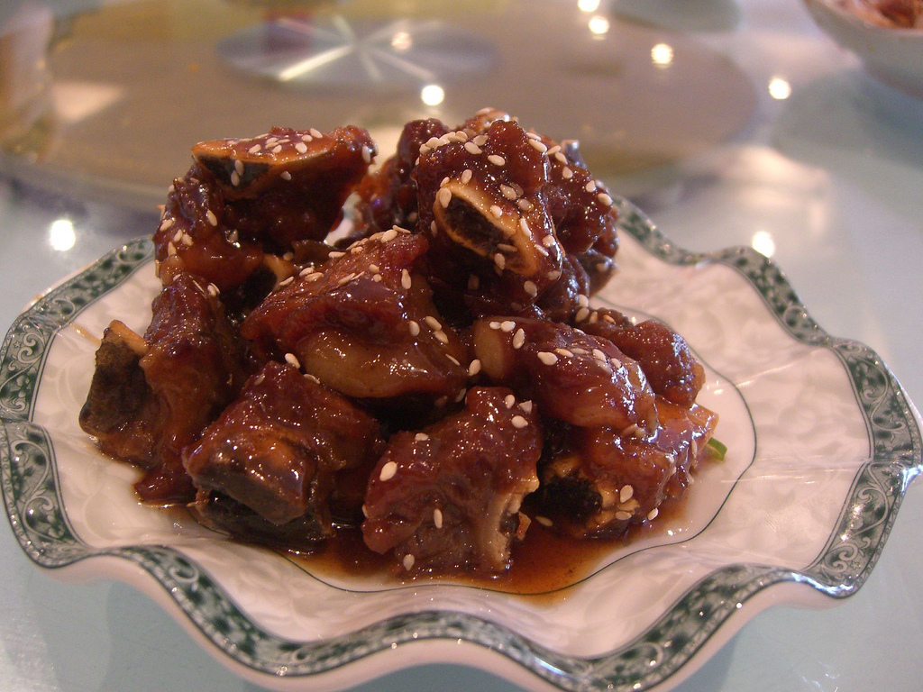 Pork Ribs in Dark Rice Vinegar and Sugar | © Alpha/Flickr