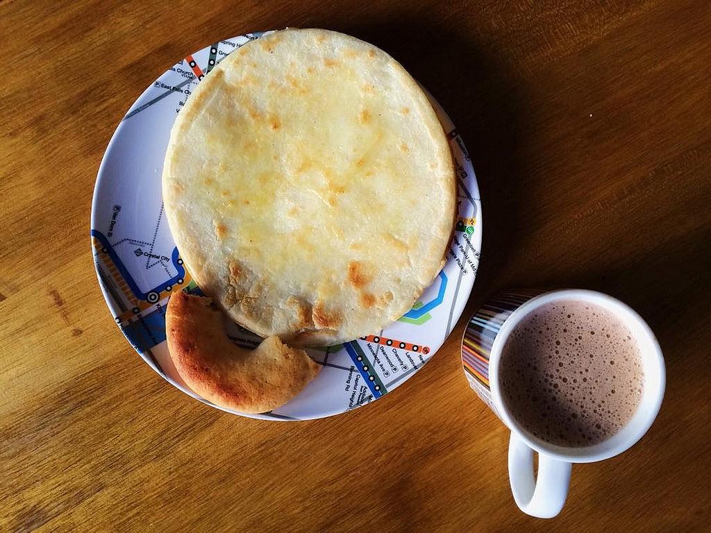 Columbian Breakfast © María Helena Carey