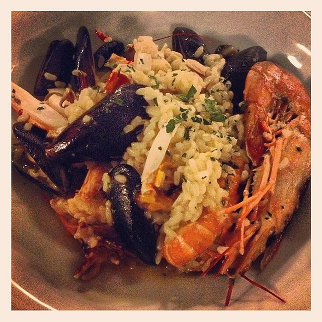 Seafood and rice I © eltpics/Flickr