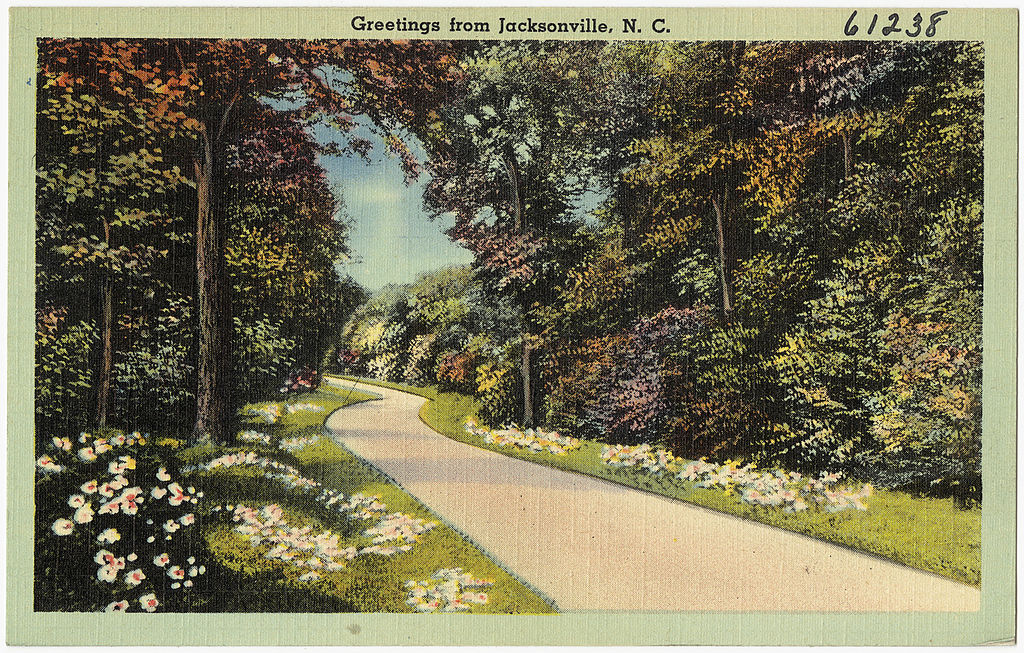 'Greetings from Jacksonville, NC' postcard | © The Tichnor Brothers Collection/WikiCommons