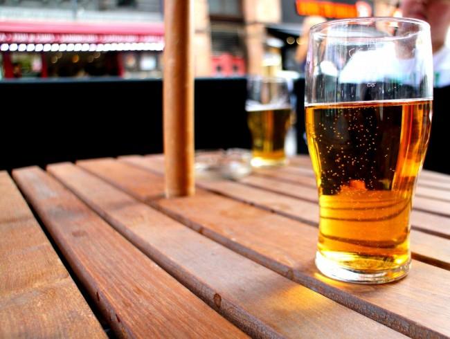 Cider on the terrace | © Anbiist/Pixabay