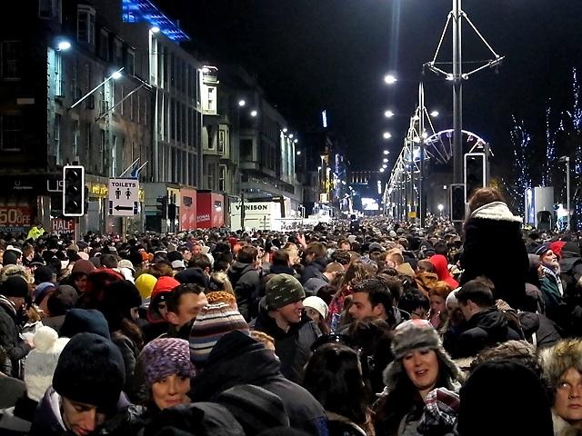 Edinburgh's Hogmanay Celebration © wikicommons