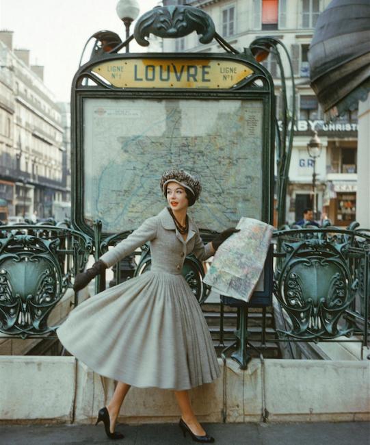 Model in Christian Dior, 1957 | © Ŧhe ₵oincidental Ðandy/Flickr