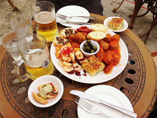 A selection of tapas | © Karl baron / Flickr