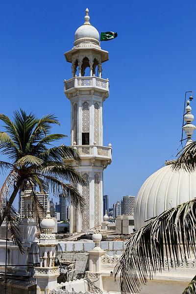 Haji Ali minaret   © A.Savin/ Wikimedia Commons