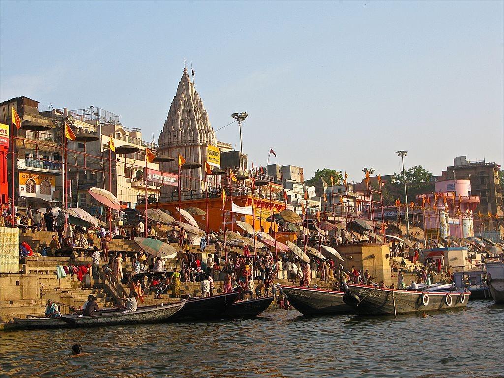 Varanasi Ghats,2009/©Ken Wieland/WikiCommons
