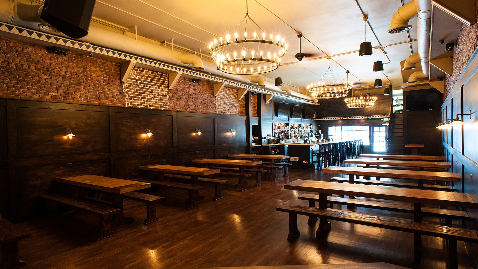 The 10 Best Bars In The Heart Of Pasadena, California