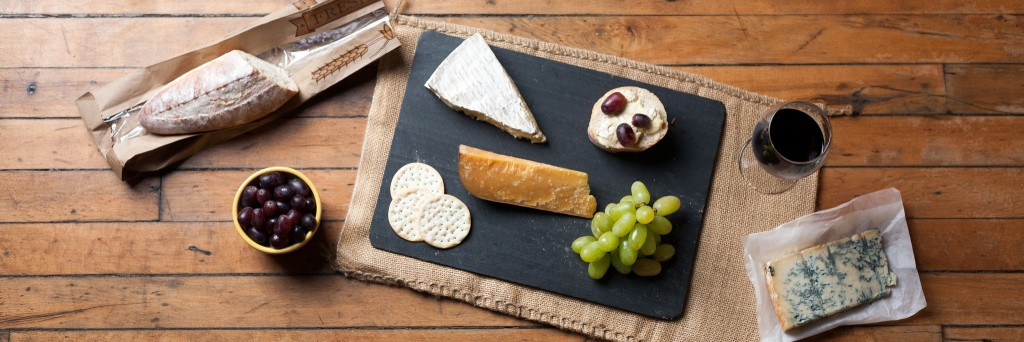 Wine and Cheese Platter - © Jordan Johnson/Flickr