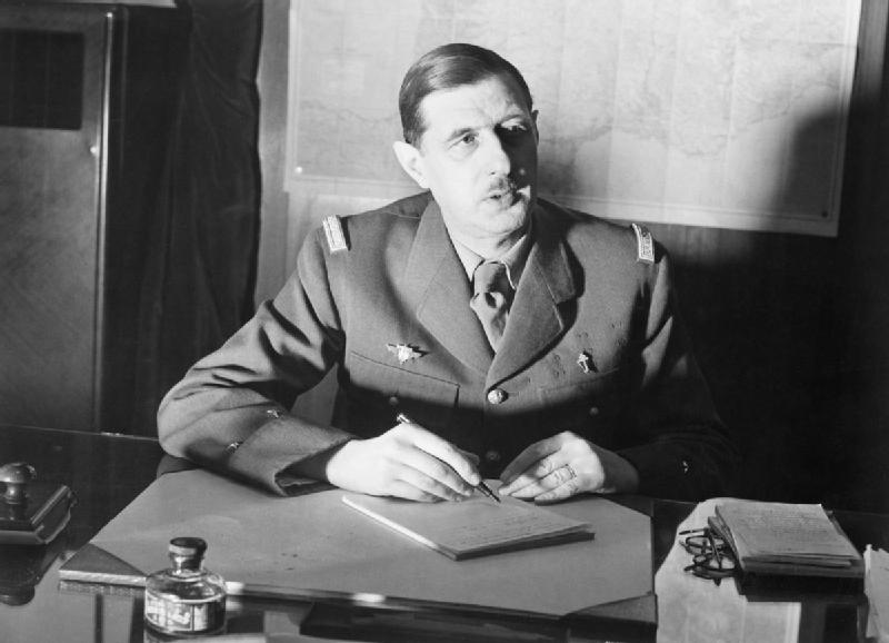 De Gaulle discussing strategy /©Wikicommons