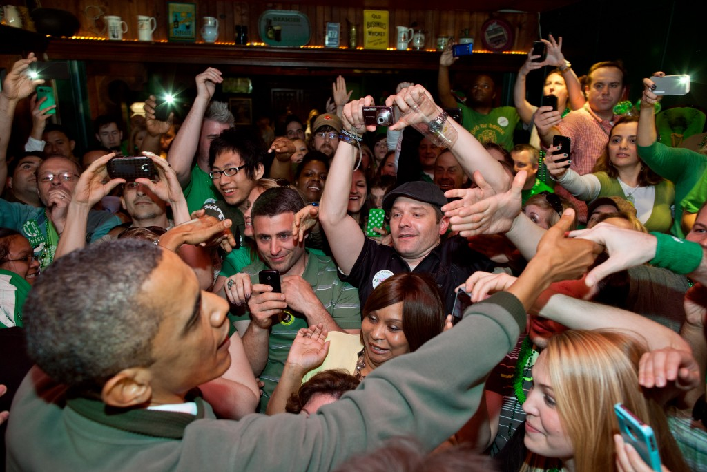 Barack Obama in an Irish Pub on Saint Patrick's Day   © Pete Souza / WikiCommons