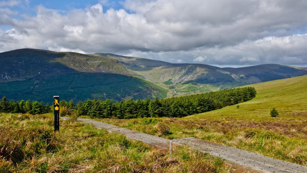 Wicklow Way Hiking Trail   © Joe King / WikiCommons