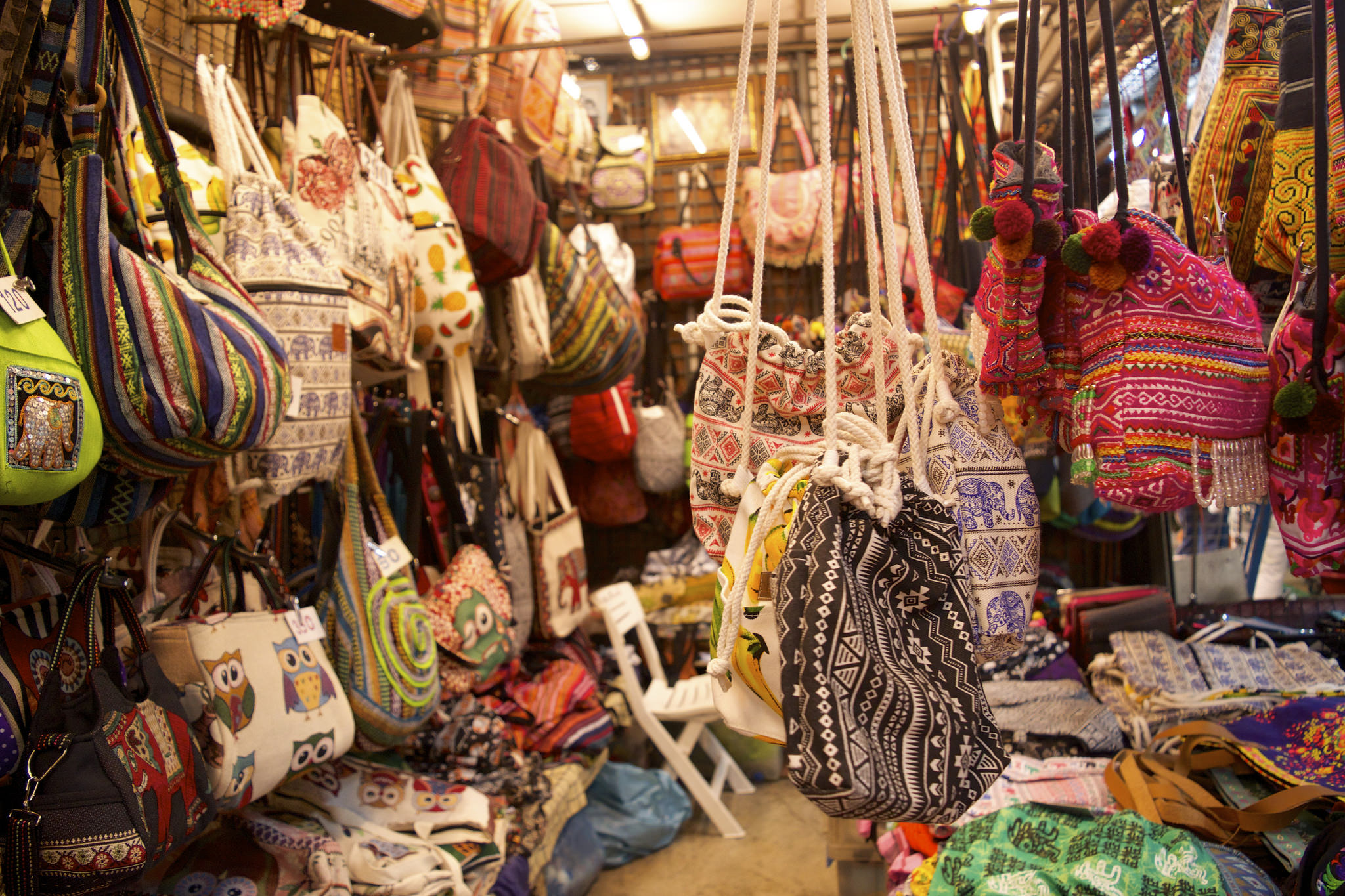10 Unique Souvenirs To Pick Up In Bangkok