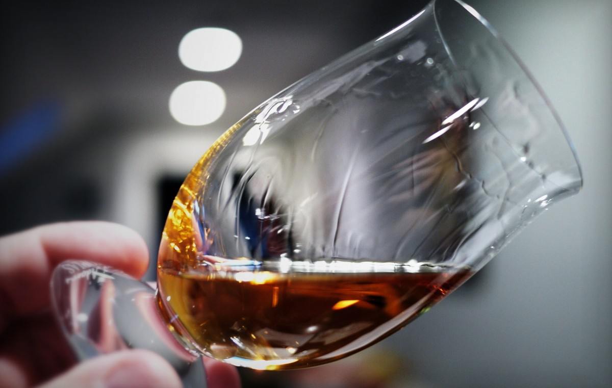 You can identify the age of a whisky by looking at its legs