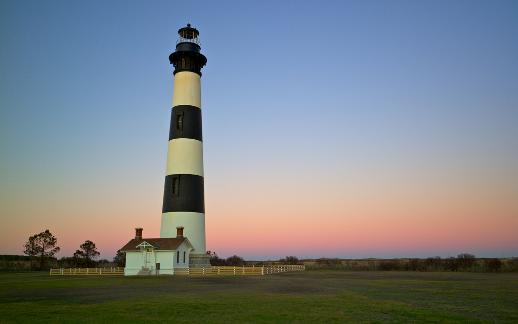 The 13 most wonderful lighthouses across the usa bodie lighthouse north carolina squishyrayflickr freerunsca Gallery