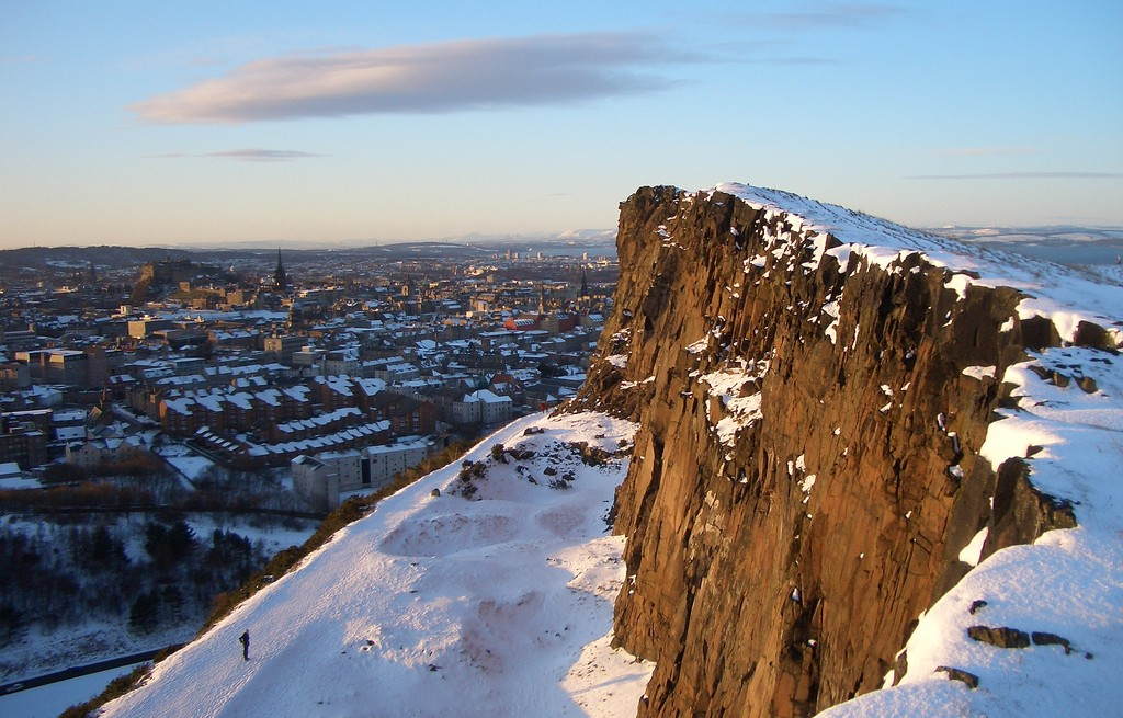 Salisbury Crags And Old Town | © Saskia Heijltjes/Flickr