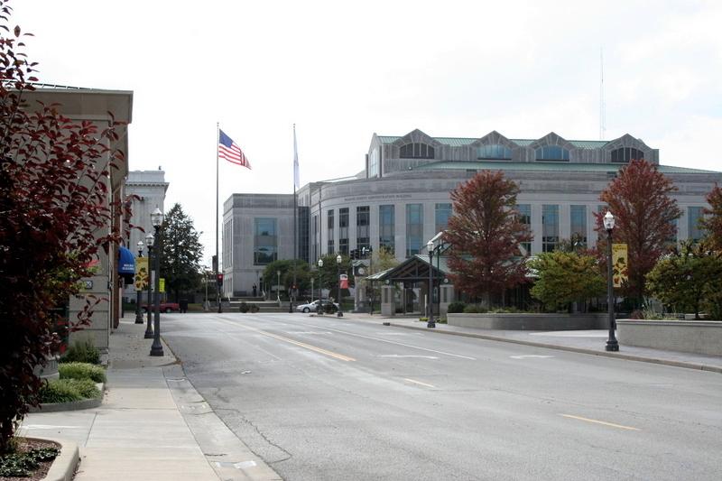 Downtown Edwardsville, courtesy of WikiCommons