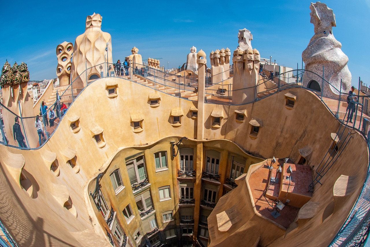 5 spanish cities that will make you fall in love with architecture