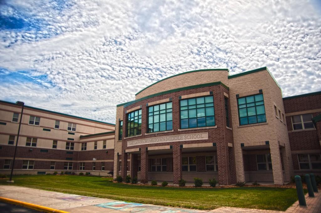 Oak Lawn Hometown Middle School, courtesy of Flickr: