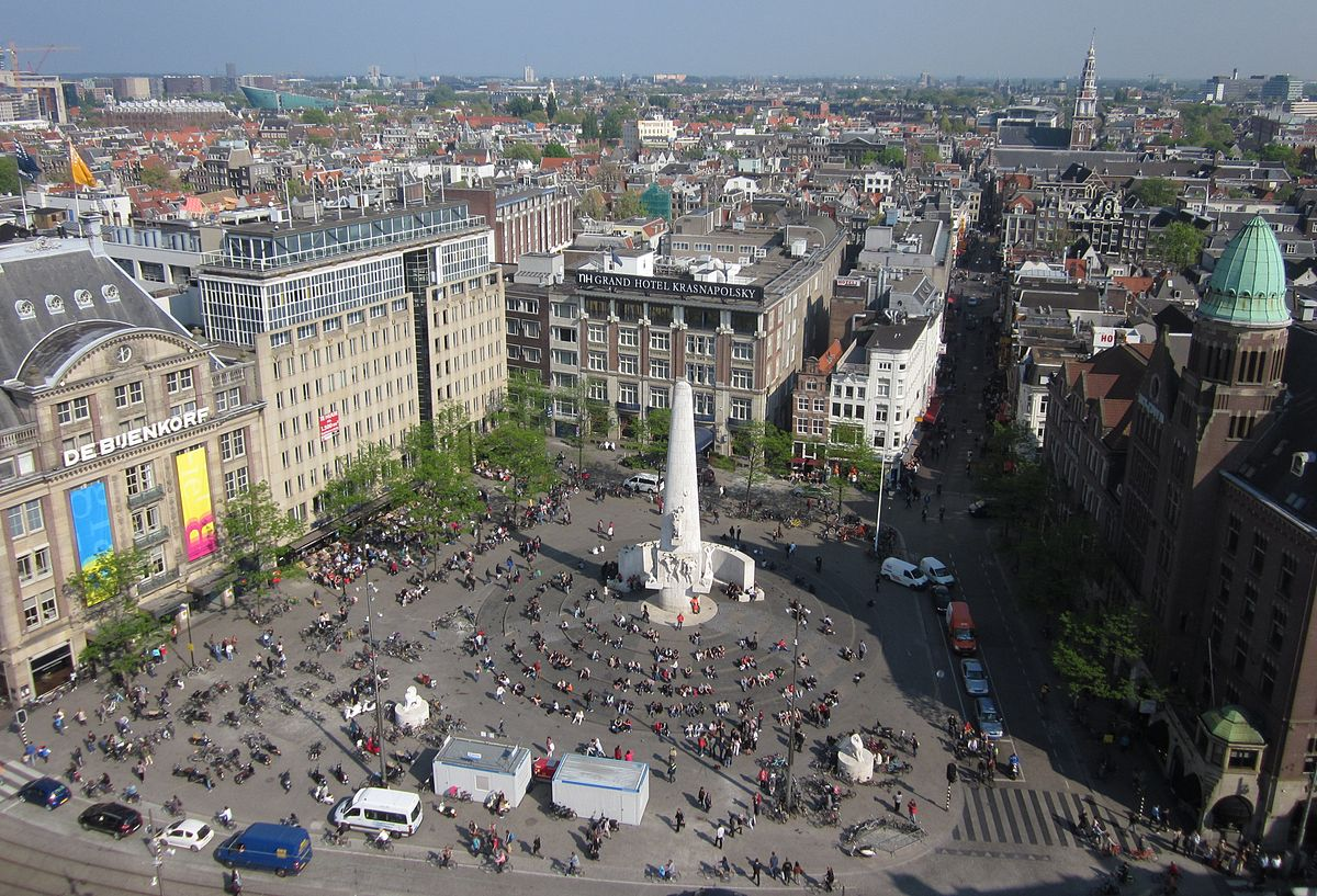 10 Monuments You Need To Visit in Central Amsterdam