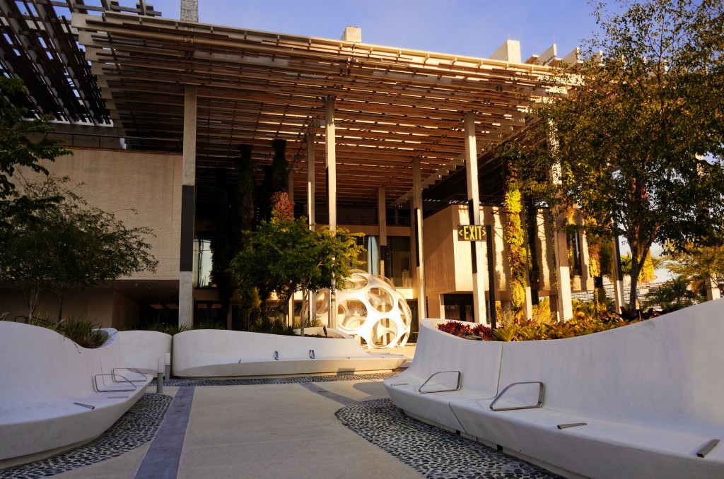 PAMM Courtyard | © Matt Acevedo / Flickr