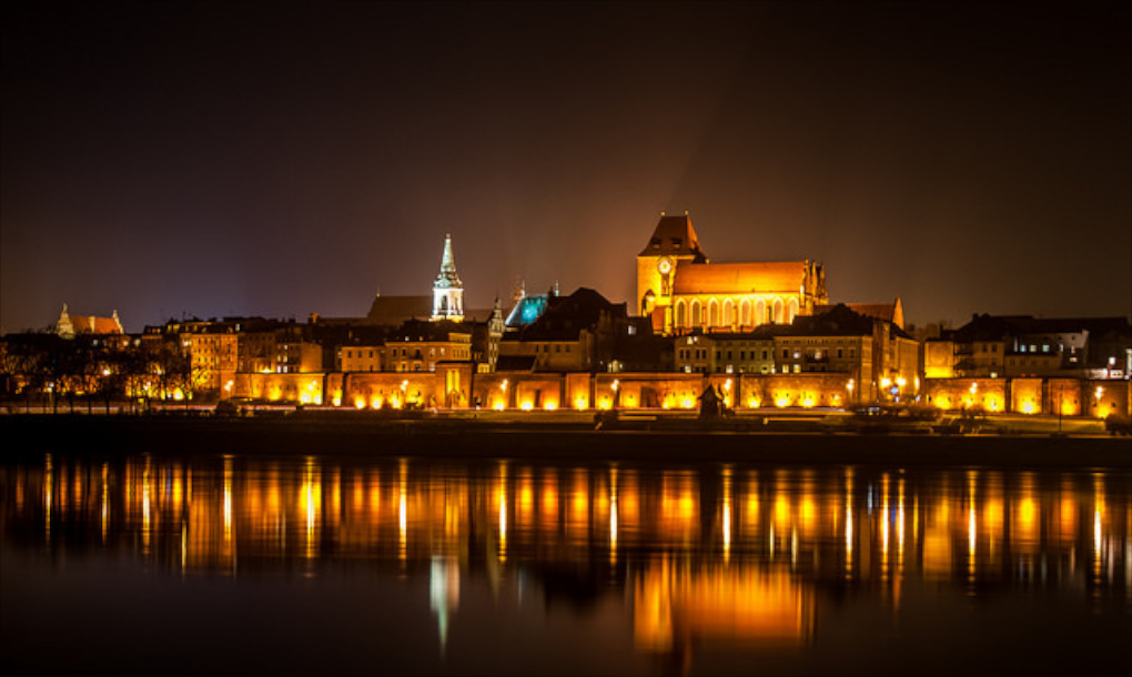 Torun at night |© Kamil Porembinski / Flickr