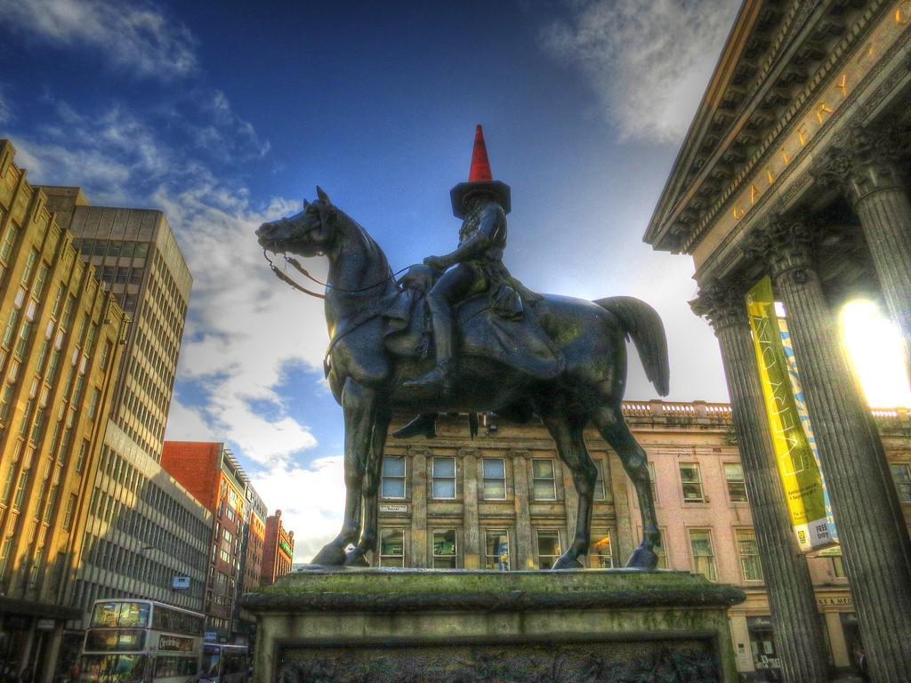 The Duke Of Wellington Statue   © Paul Walter/Flickr