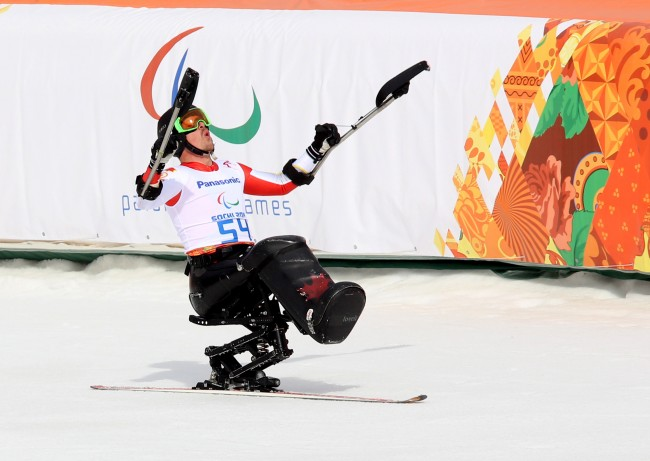 Josh Dueck won silver in the men's sit skiing downhill at the 2014 Paralympic Winter Games   © Scott Grant/Canadian Paralympic Committee