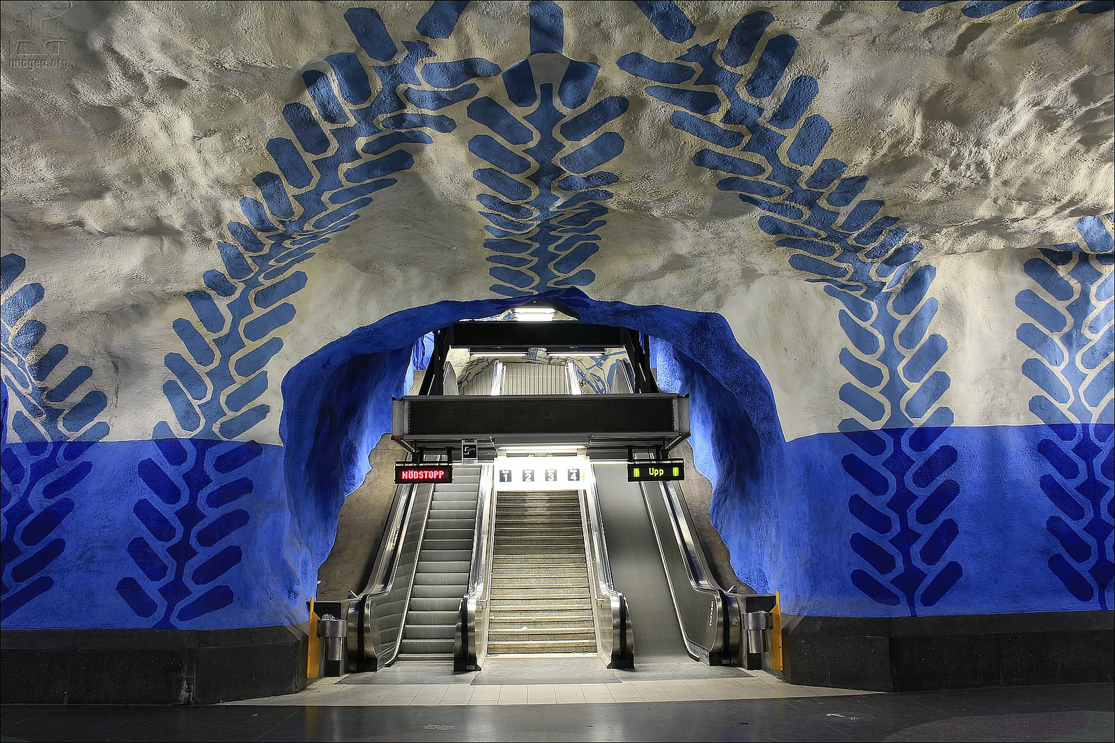 A Tour of Stockholm\'s Underground Subway Art