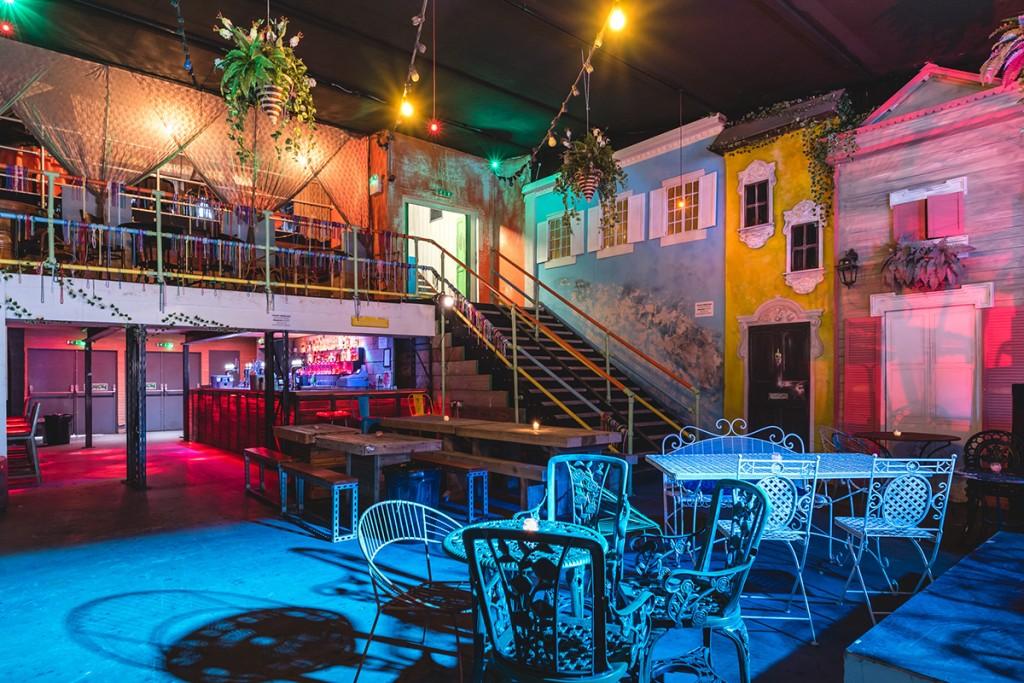 Mama Roux's venue interior