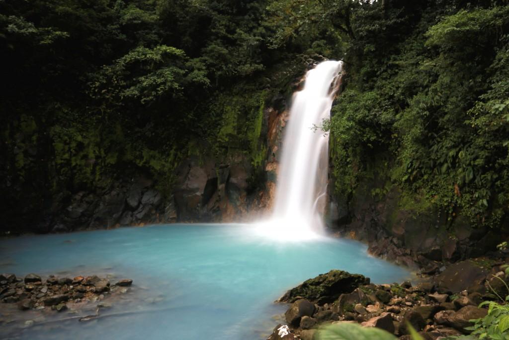 Rio Celeste Waterfall/Francois Bianco/Flickr