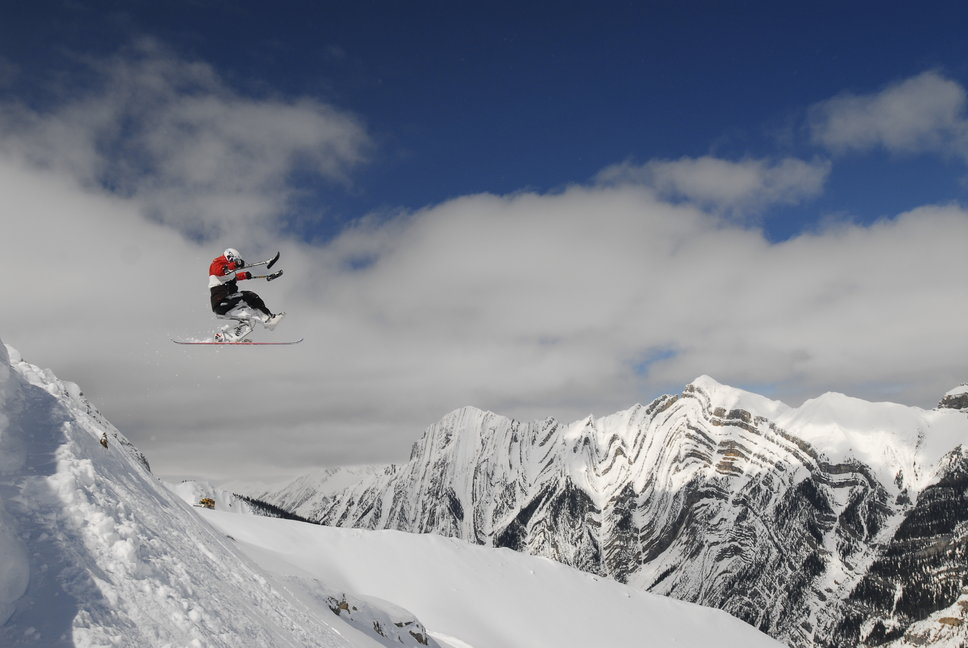 Following surgery and nine months of rehab, Josh Dueck returned to the mountains   © Alan Sleigher