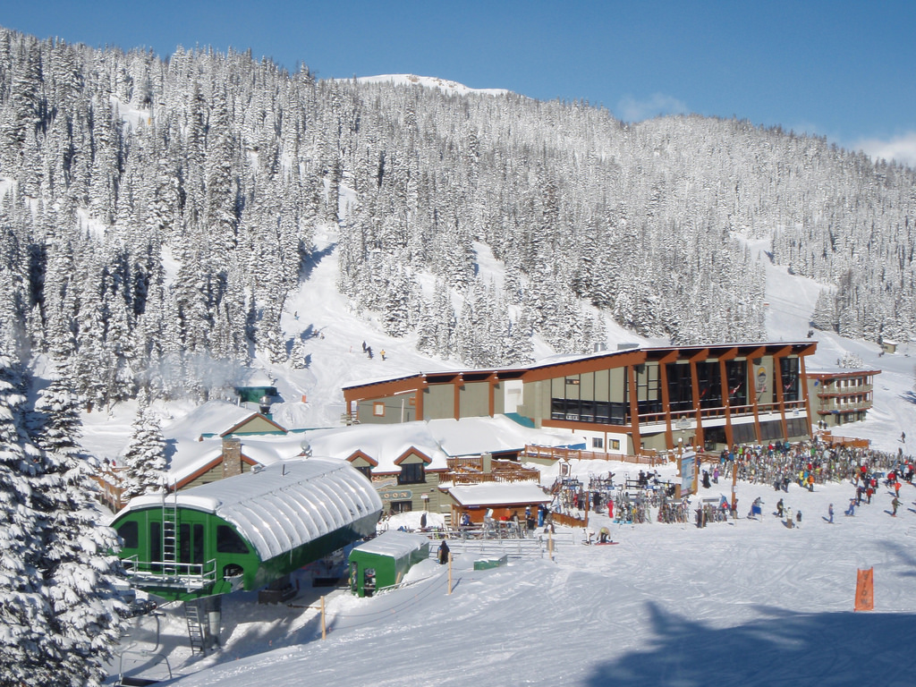 the 10 best places to ski in western canada other than whistler