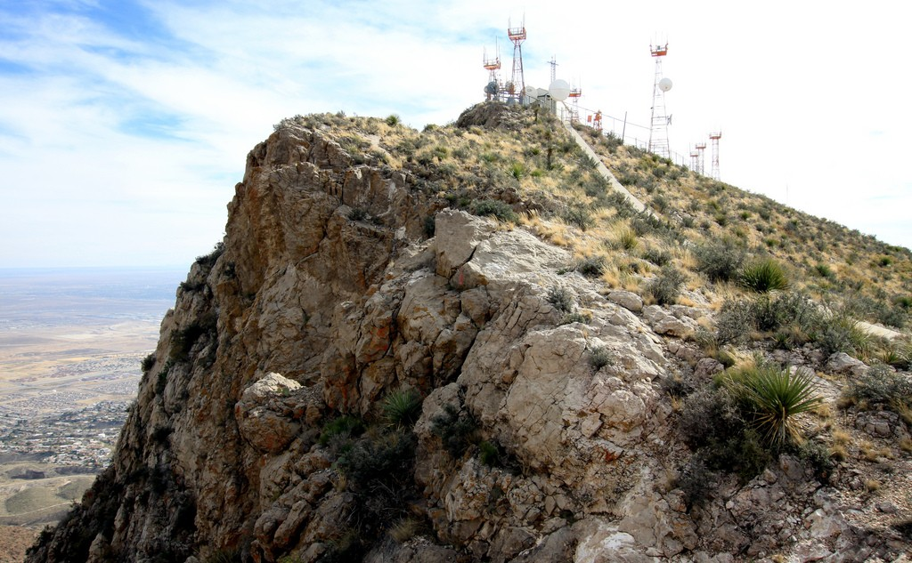 Eastern cliff of South Franklin Mountain © Samat Jain