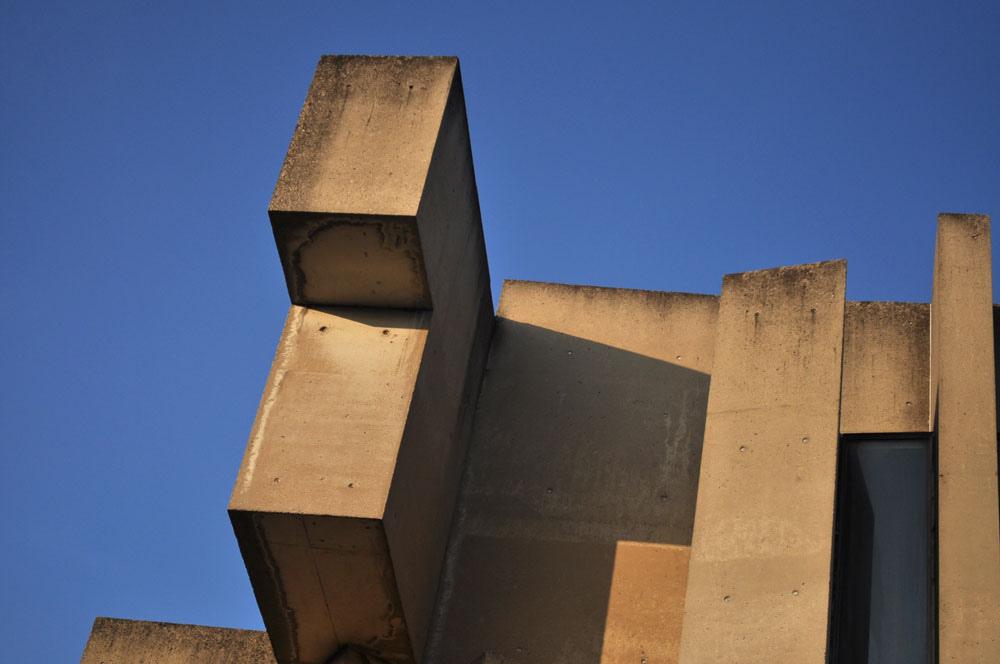 The unusual exterior of Wontruba Church | © Pleuntje / Flickr