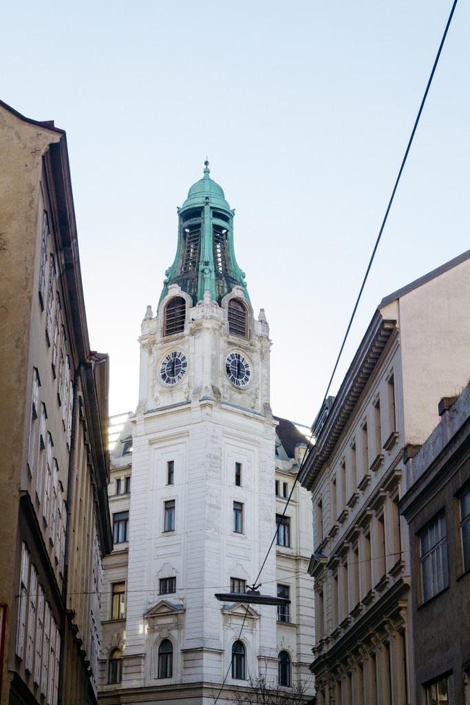 SCTP0108-PAPAGEORGIOU-AUSTRIA-VIENNA-NEUBAU (18)