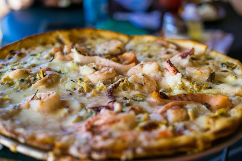 Seafood Pizza|© Nan Palmero/FlickR