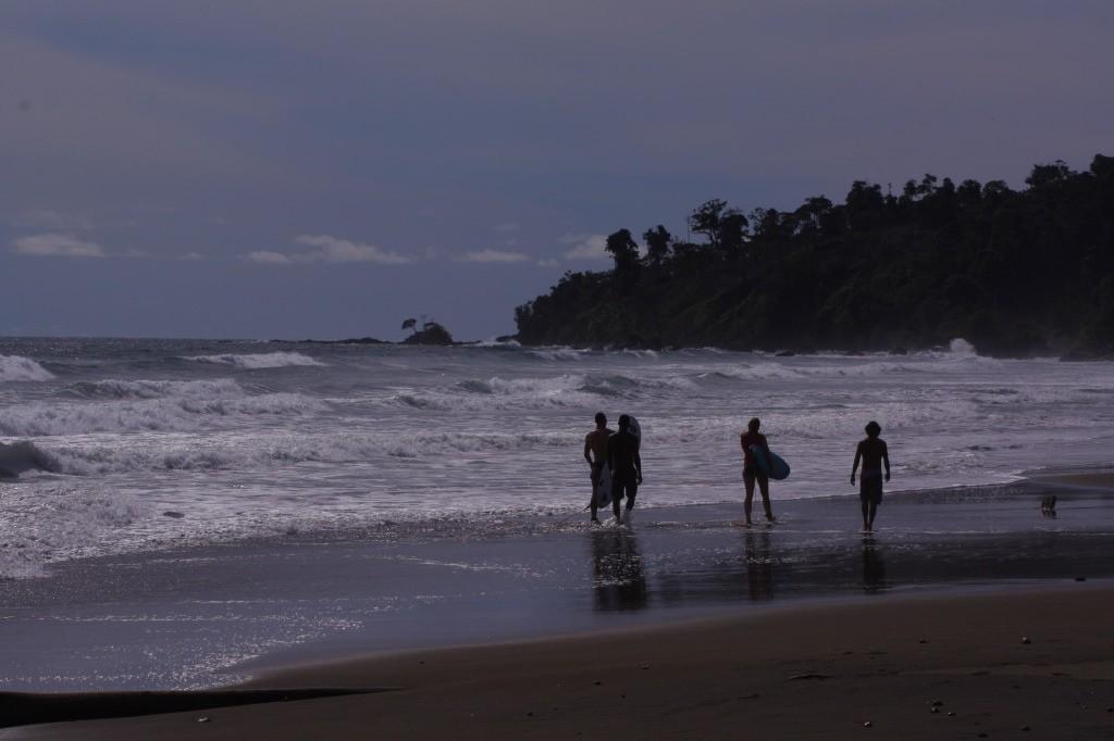 Surfers in El Valle Choco, Colombia © Tio Tigre / Flickr