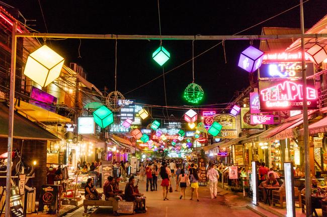 NIGHT MARKET-SIEMREAP-CAMBODIA
