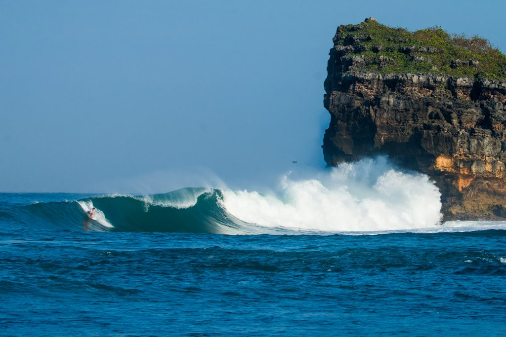Leon Glatzer off the coast of Java, Indonesia. | © Luke Forgay/Volcom