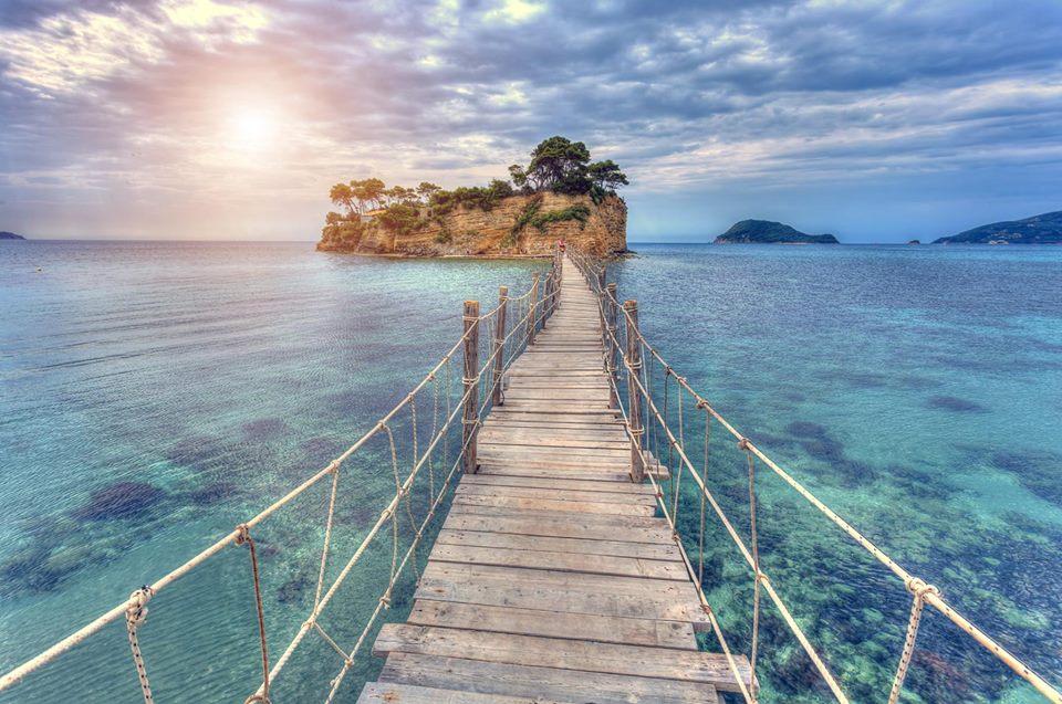The Best Destination Wedding Venues in Greece