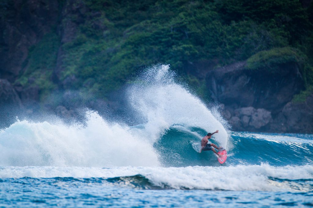 Balaram Stack shredding in Indonesia | © Luke Forgay/Volcom