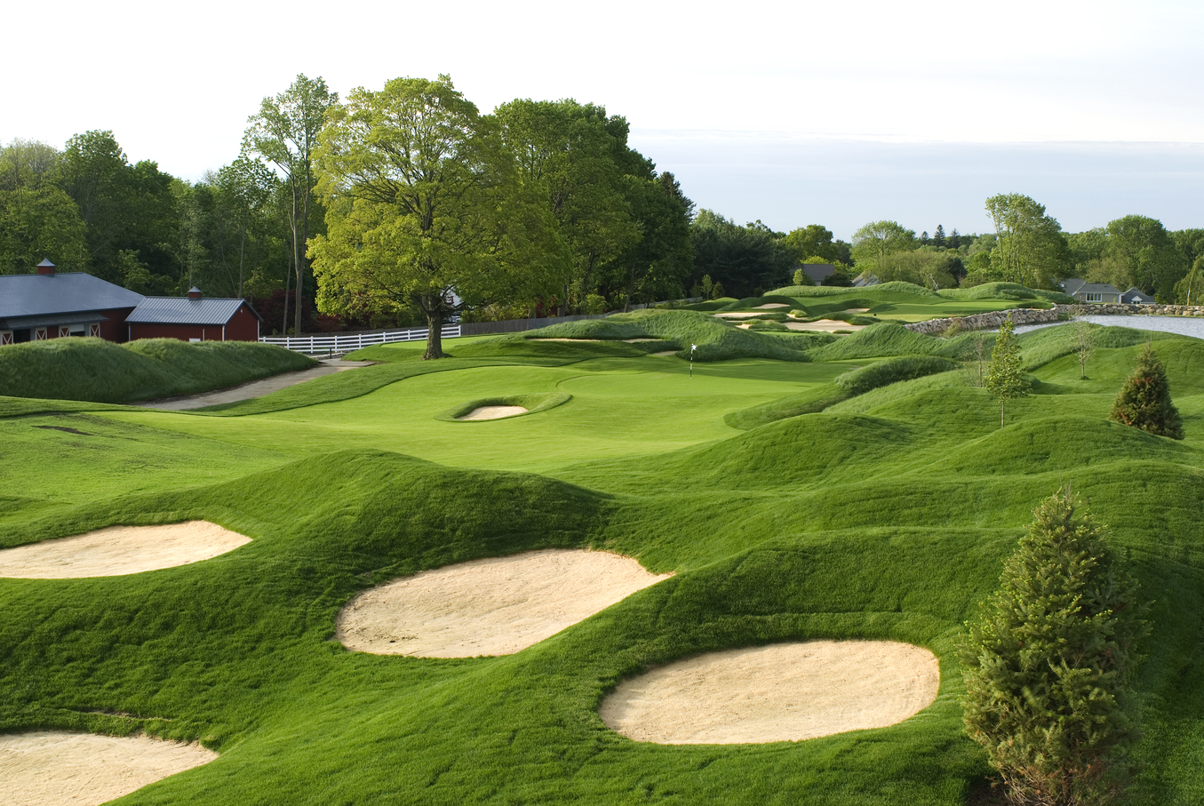15 Beautiful Golf Courses to Play in New York State on