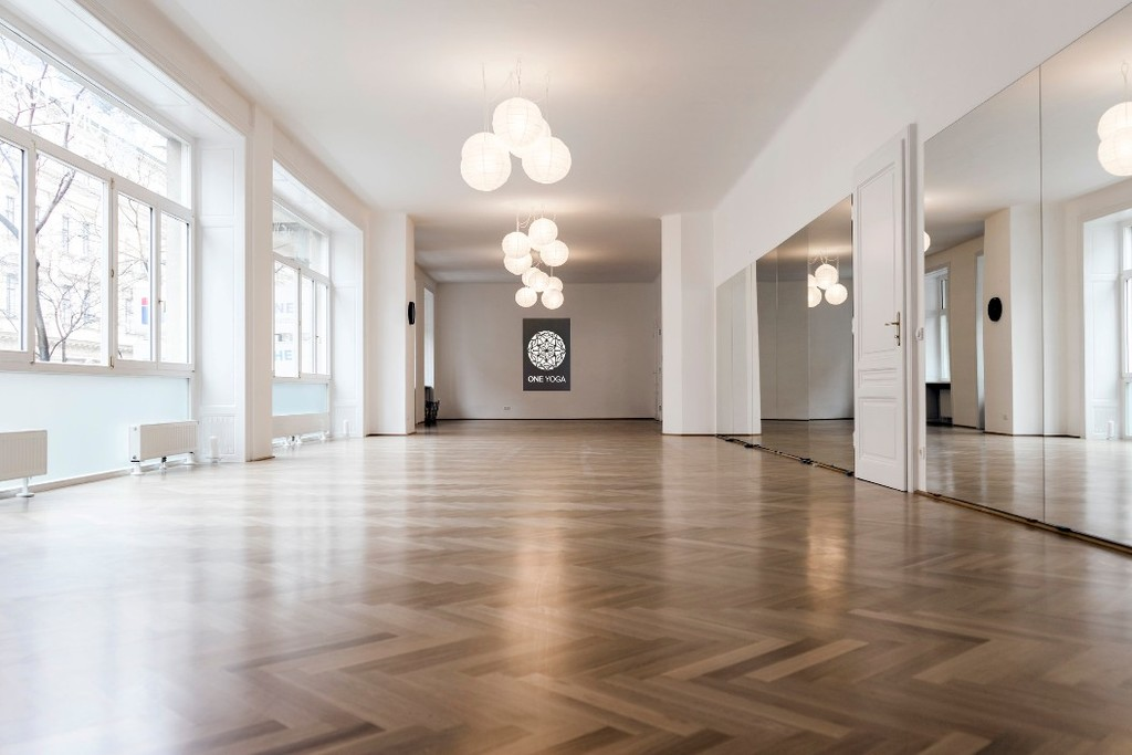 11 Top Yoga Studios In Vienna Studio Flooring Ideas