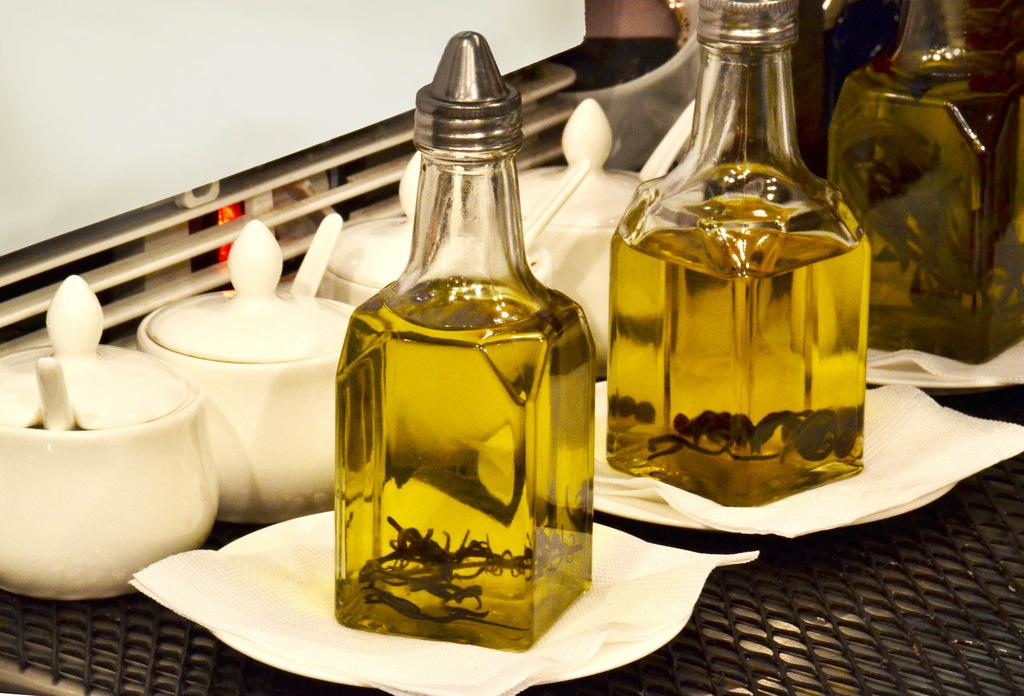 Olive oil   © Marco Verch / Flickr
